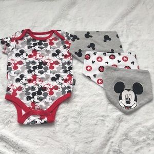 Mickey baby bundle